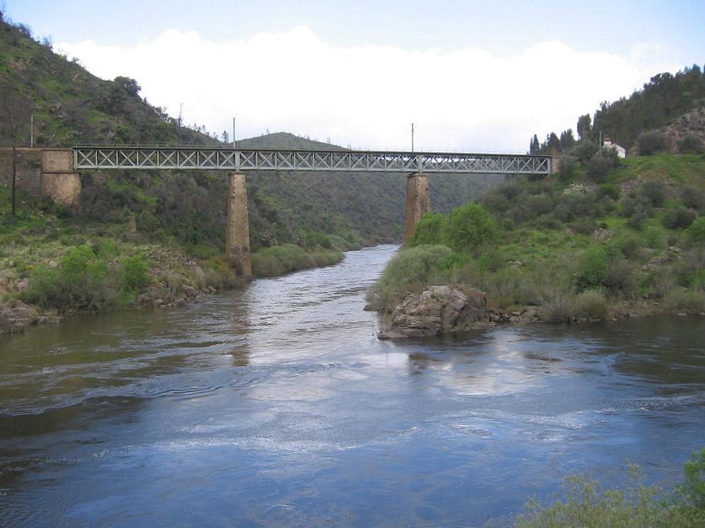 Barragem do Alvito: A nossa independência acaba quando começa a dos outros