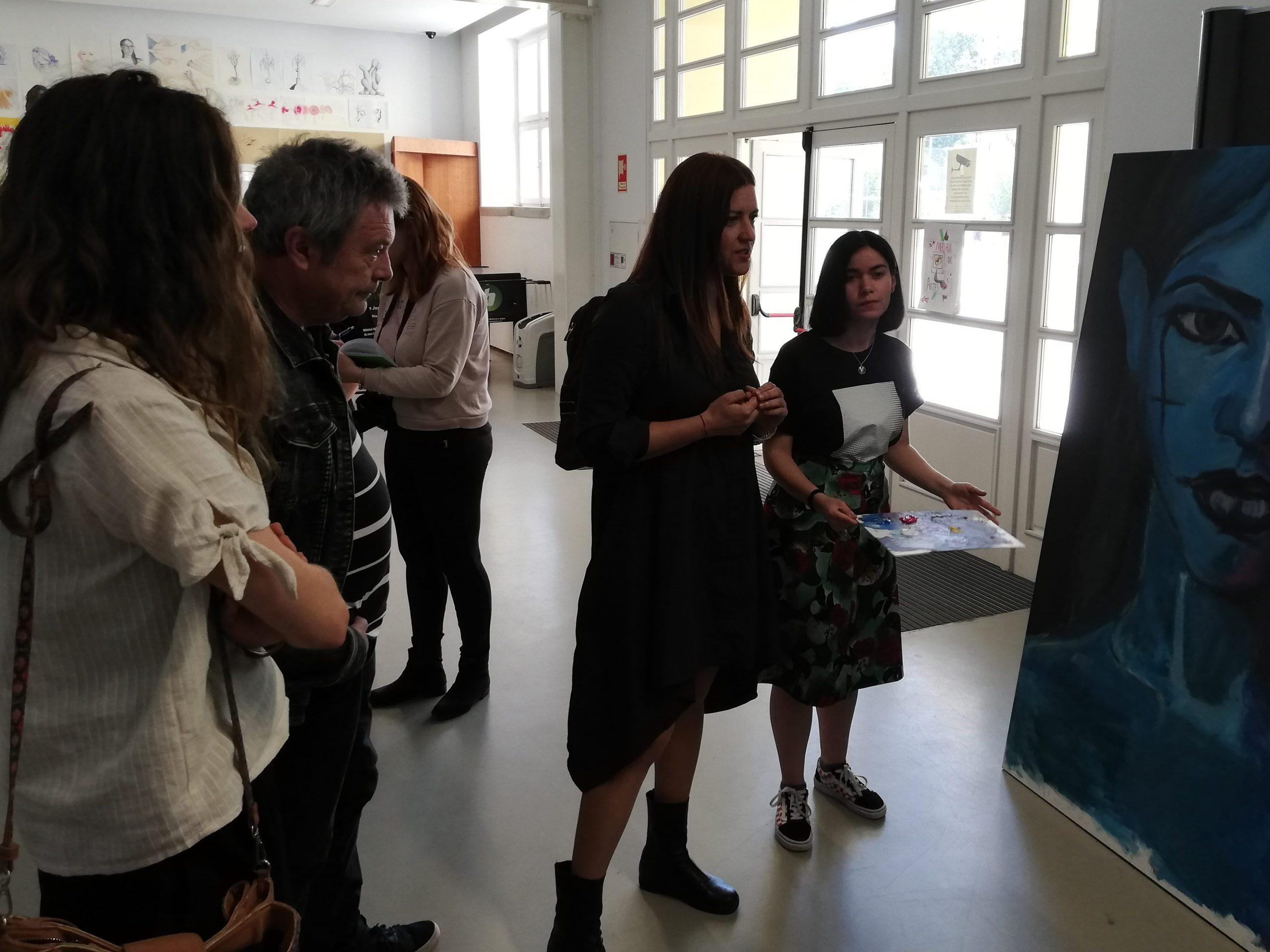 Estudantes da Alves Martins discutem o futuro da Europa com Marisa Matias