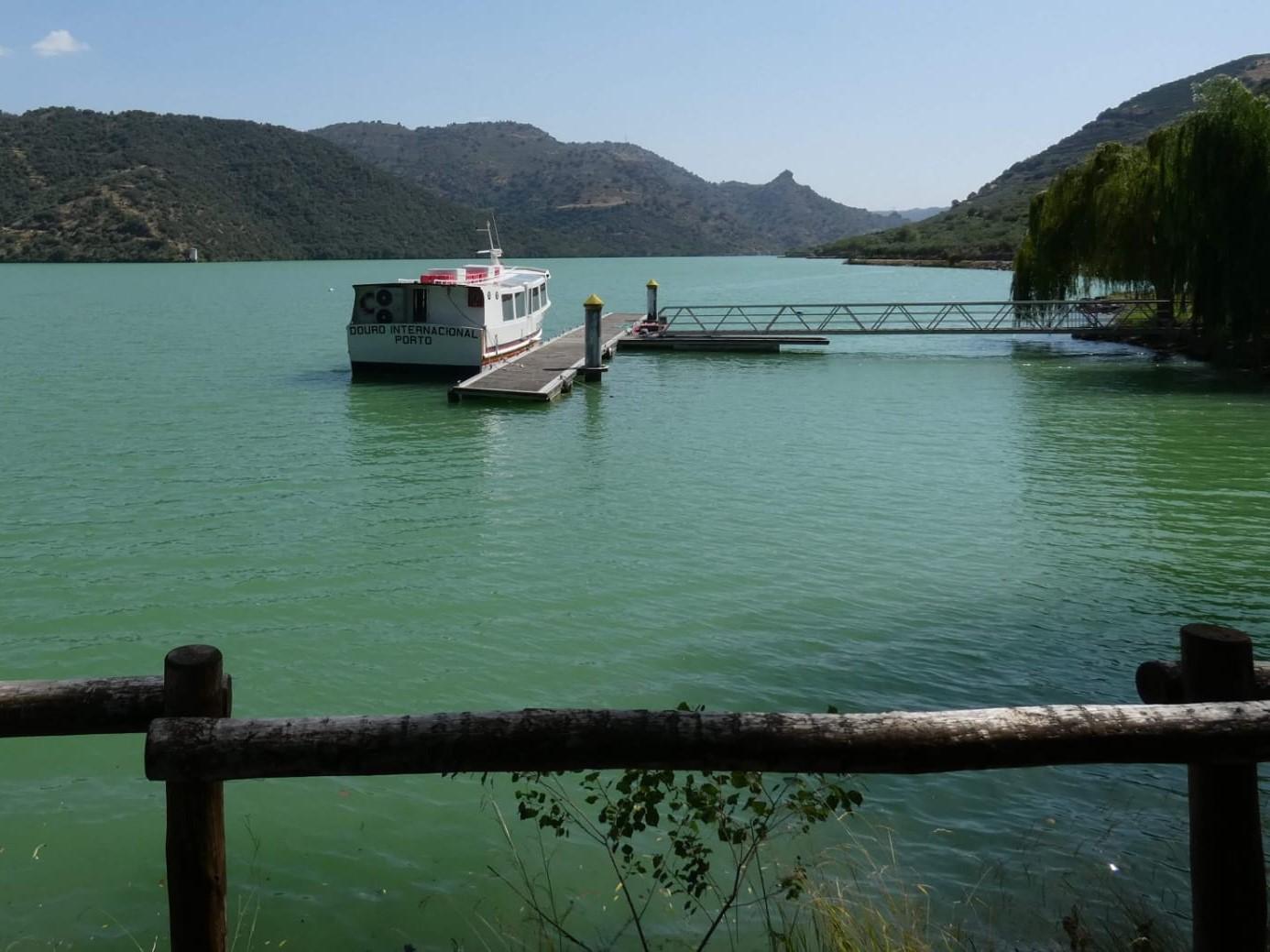 Falta de investimento no turismo e transportes no concelho de Freixo de Espada à Cinta