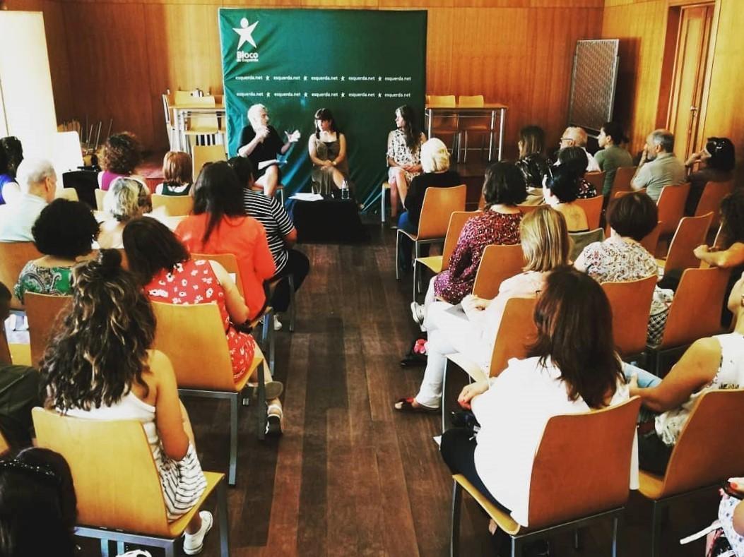 Ouvir quem cá vive: falar de direitos de mulheres do interior