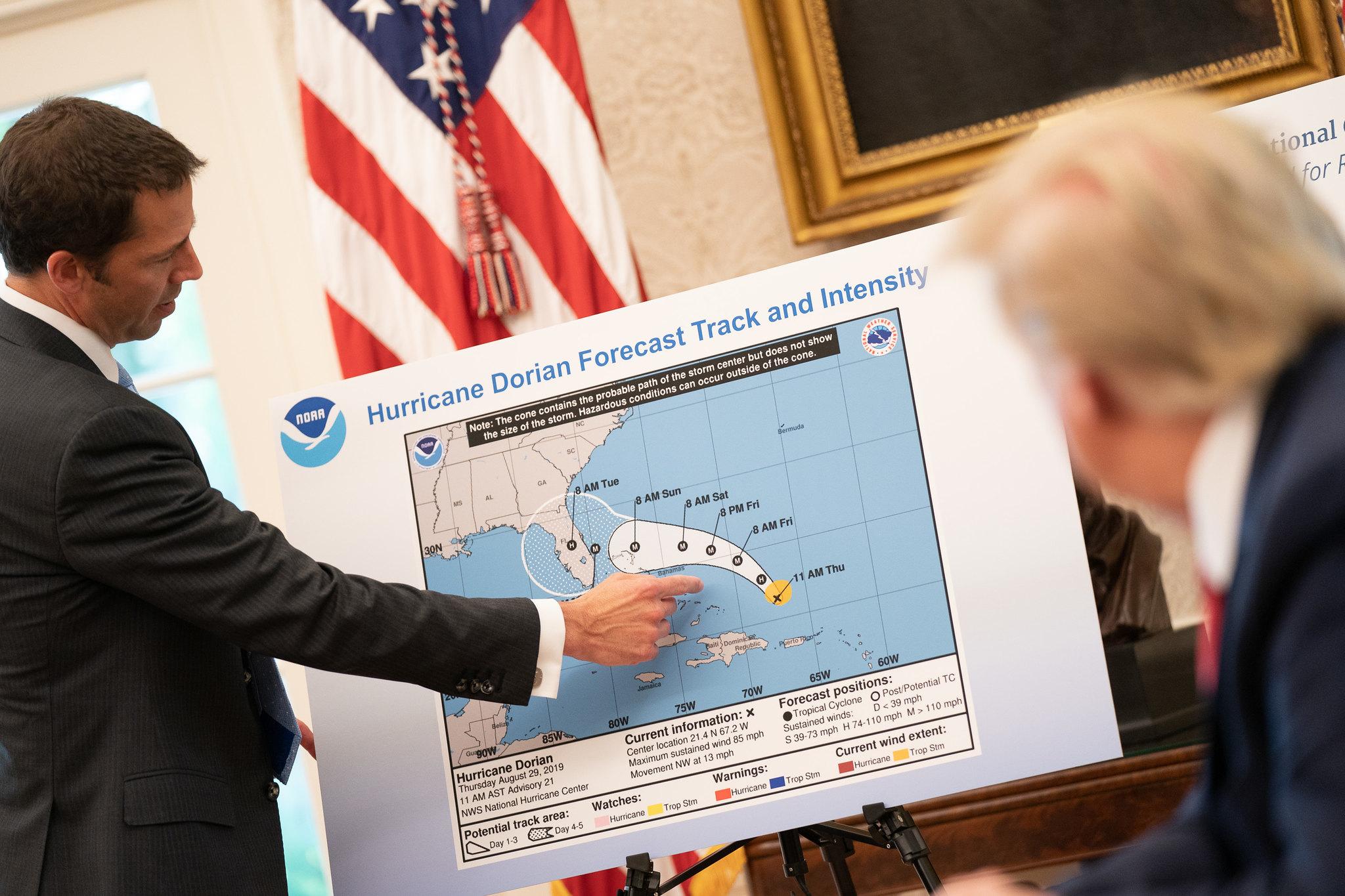 O furacão (de) Trump
