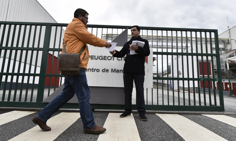 Trabalhadores da fábrica da Peugeot/Citroen de Mangualde decidem manter greves aos sábados