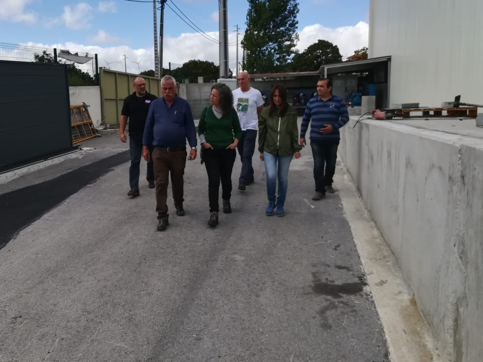 Visita à Agromentenegro levanta preocupações com o futuro da produção de castanha na região