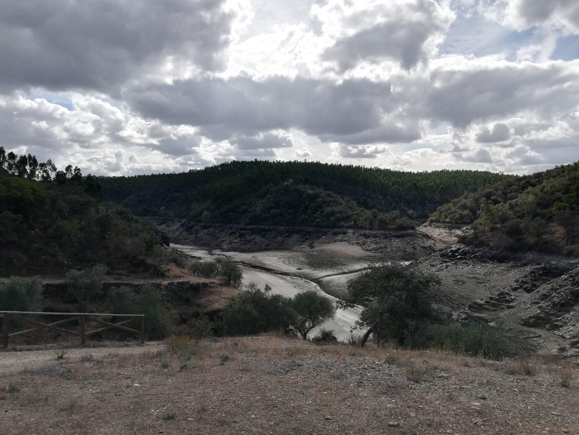 Rio Tejo: a seca que não se vê em Lisboa