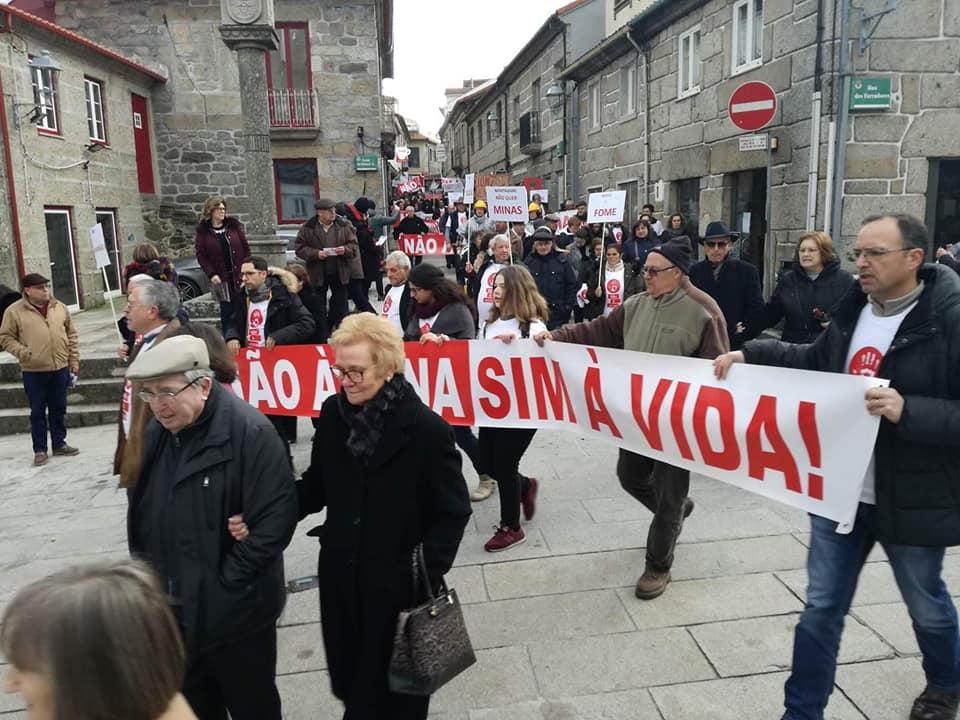 300 pessoas em protesto contra explorações de lítio em Montalegre