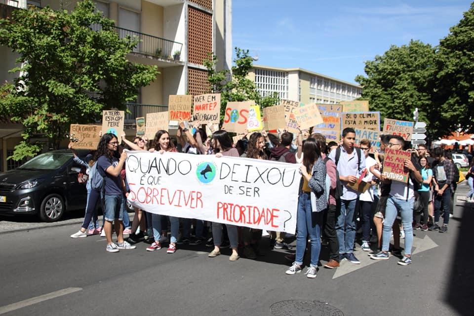 """Greve Climática Castelo Branco: """"mudar comportamentos e contribuir para a resolução dos problemas existentes"""""""
