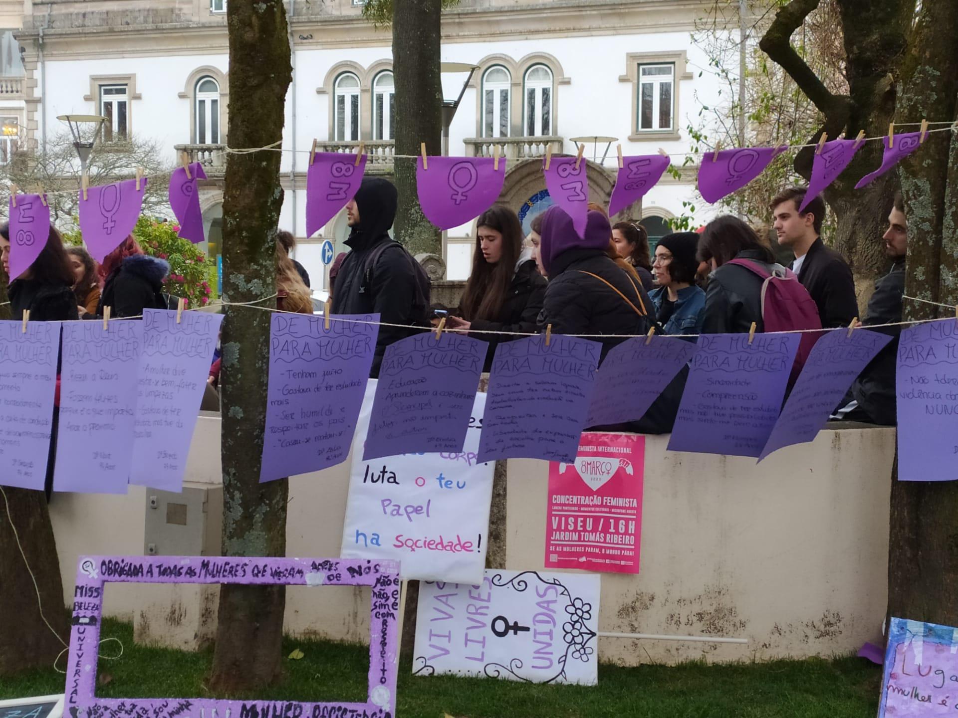 Concentrações Feministas em Vila Real e Viseu apesar do frio e chuva