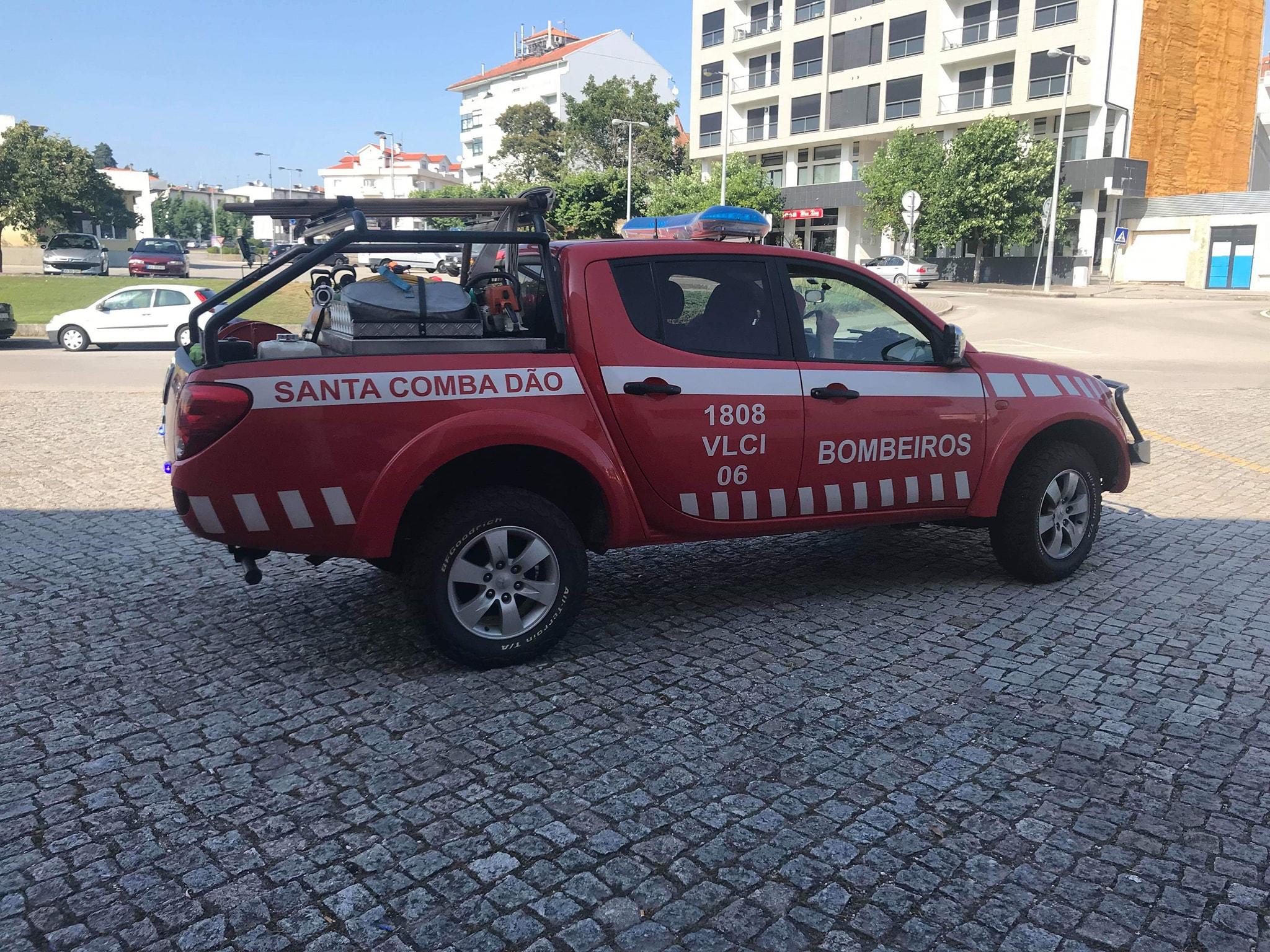 Covid-19: Buzinão solidário aos Bombeiros Voluntários de Santa Comba Dão