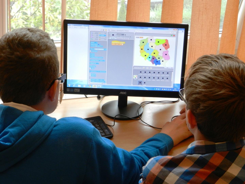 FRAP de Viseu quer medidas de apoio digital no âmbito escolar