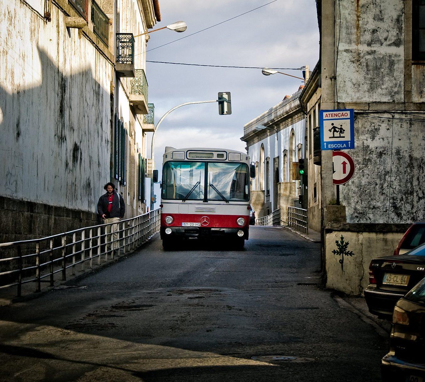 Bloco de Esquerda da Covilhã posiciona-se sobre a falta de transportes públicos na região desde o início do Estado de Emergência