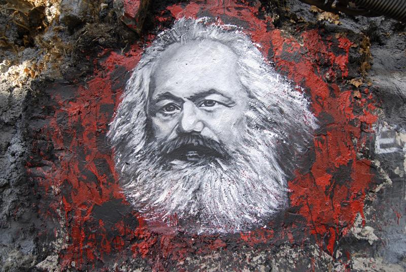 Big Data como Pensamento Unidimensional – Sobre a Relevância do Marxismo na Sociedade Tecnológica
