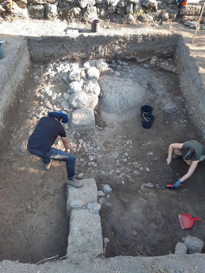 Escavações no Couto do Mosteiro