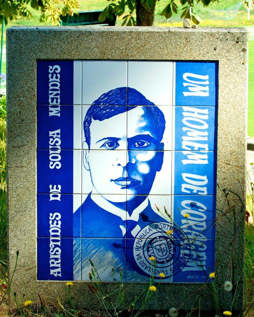 Placa de homenagem a Aristides de Sousa Mendes
