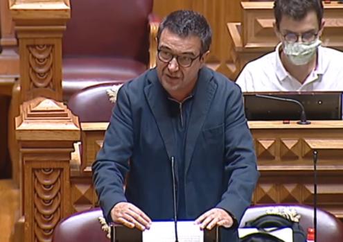 """Eleição indireta dos presidentes das CCDR é """"entorse à democracia"""""""