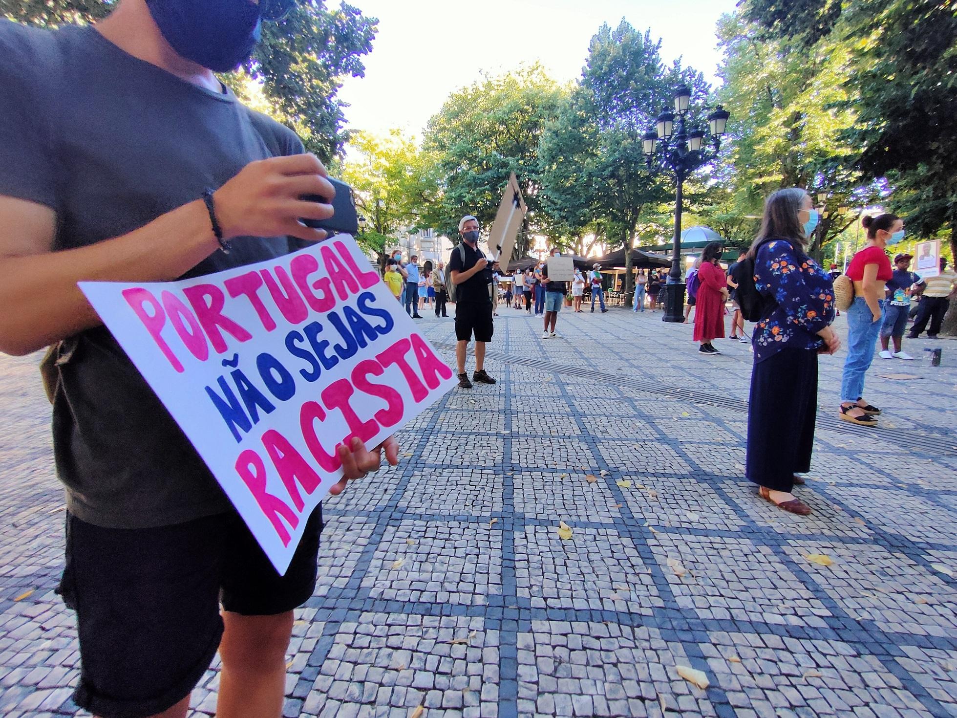 """Manifestação """"Há racismo e continua a matar!"""" em Viseu [Galeria]"""