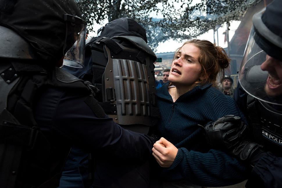 """""""Und Morgen Die Ganze Welt"""", a luta contra o fascismo e a extrema-direita"""