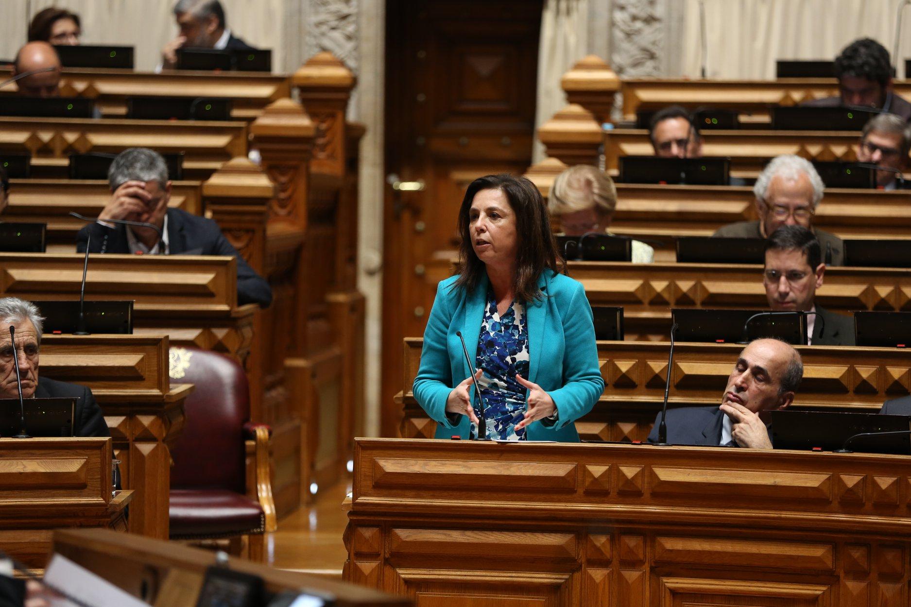 Caso de falsificação de documentos contra Hortense Martins foi arquivado por mil euros