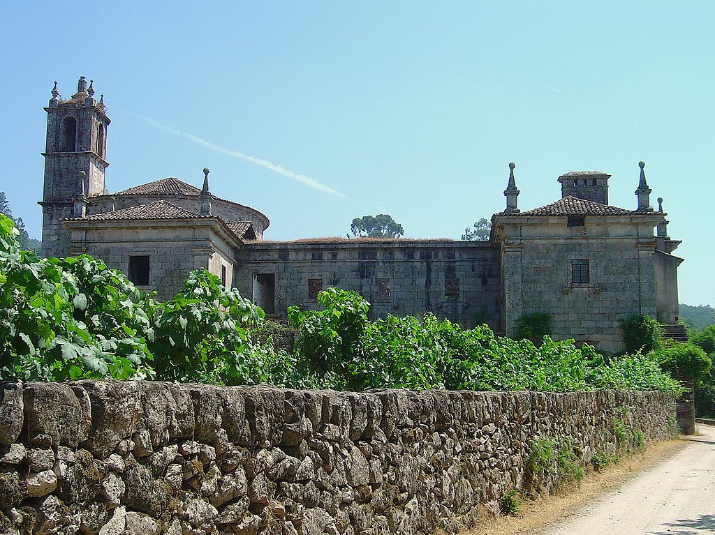 Mosteiro de Santa Maria de Maceira Dão em ruínas começa a ser recuperado