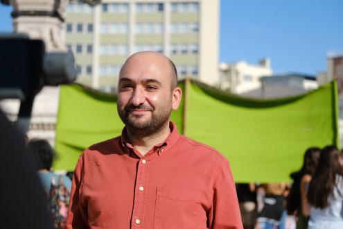 O deputado Nelson Peralta na manifestação pelo clima de setembro de 2020. Foto Ana Mendes.