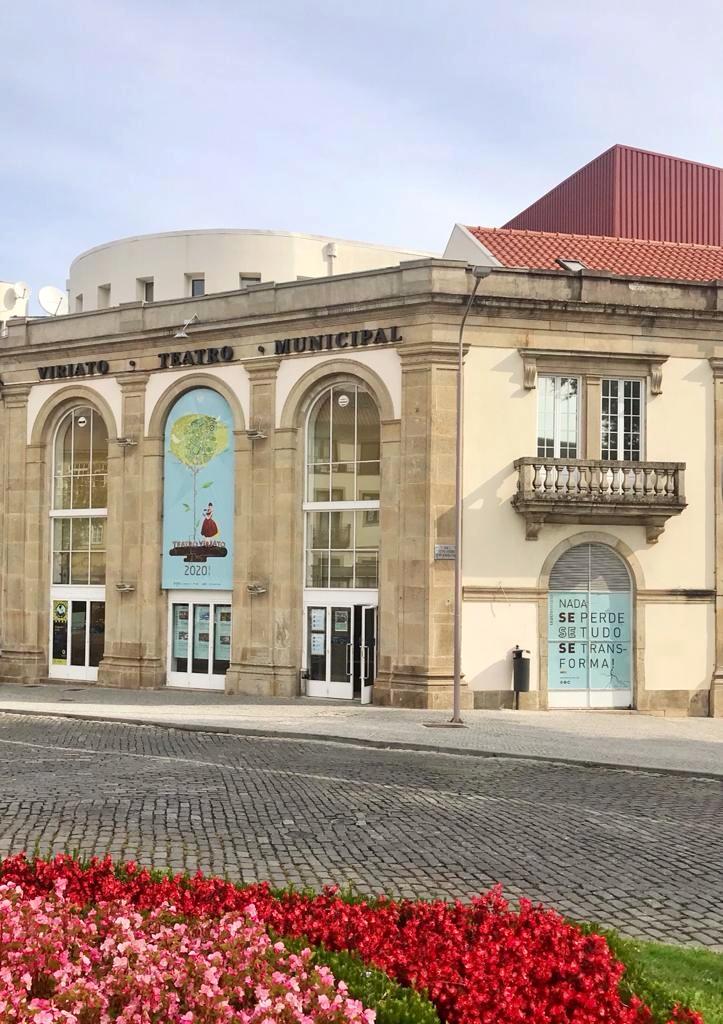 """Teatro Viriato arranca programação com """"1 000 058.º Aniversário da Arte"""""""