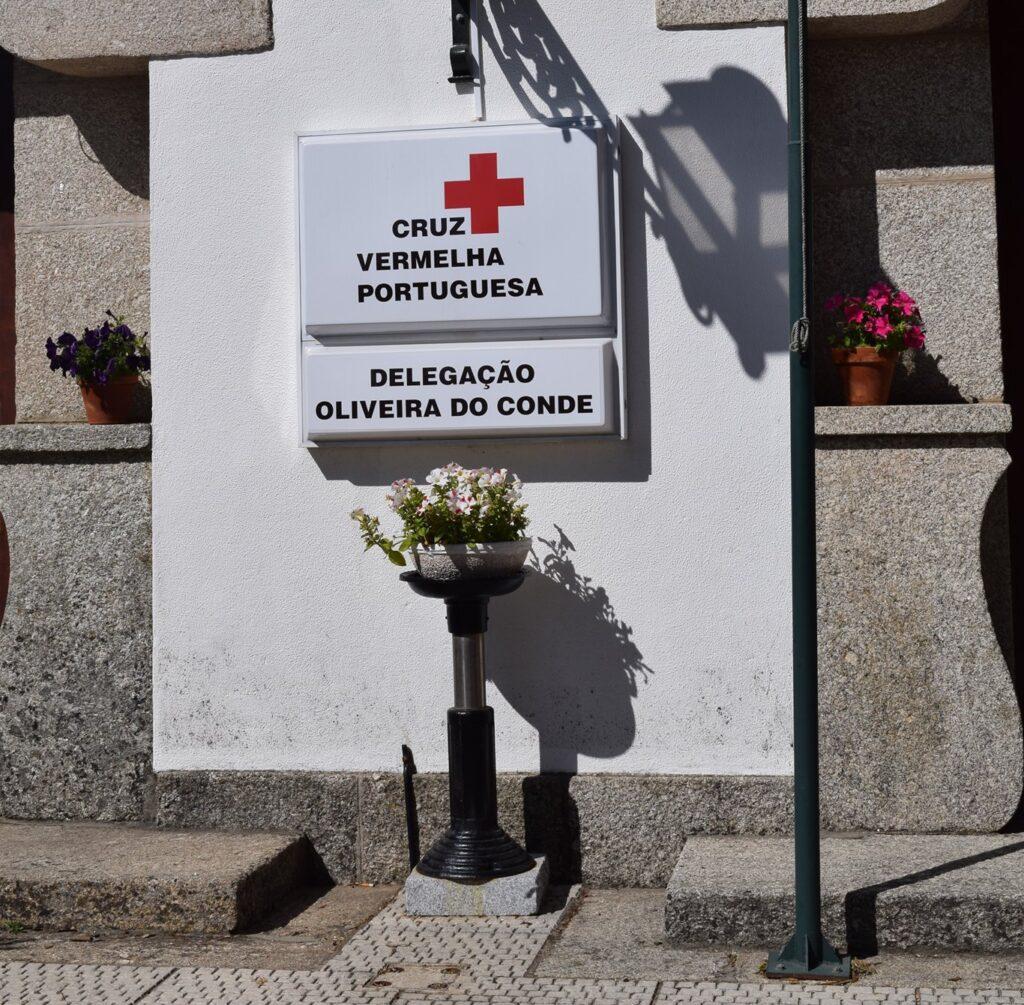 Cruz vermelha Oliveira do Conde