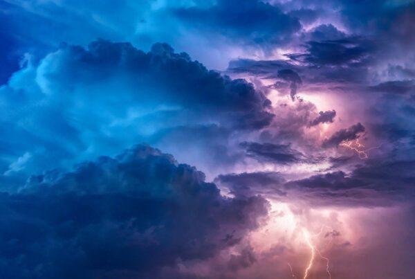 Nuvens / Tempestade / Trovoada