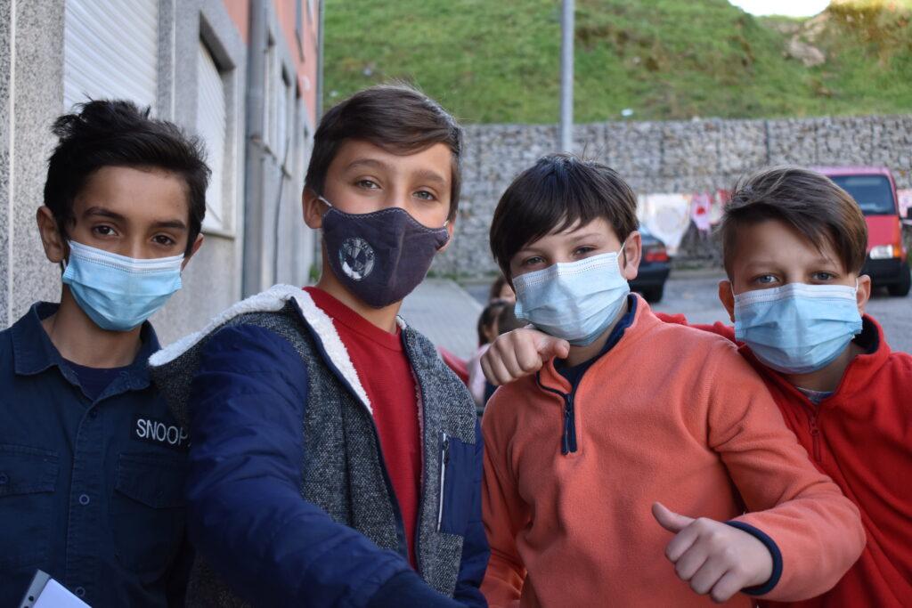 Crianças do projeto | Foto por CooLabora