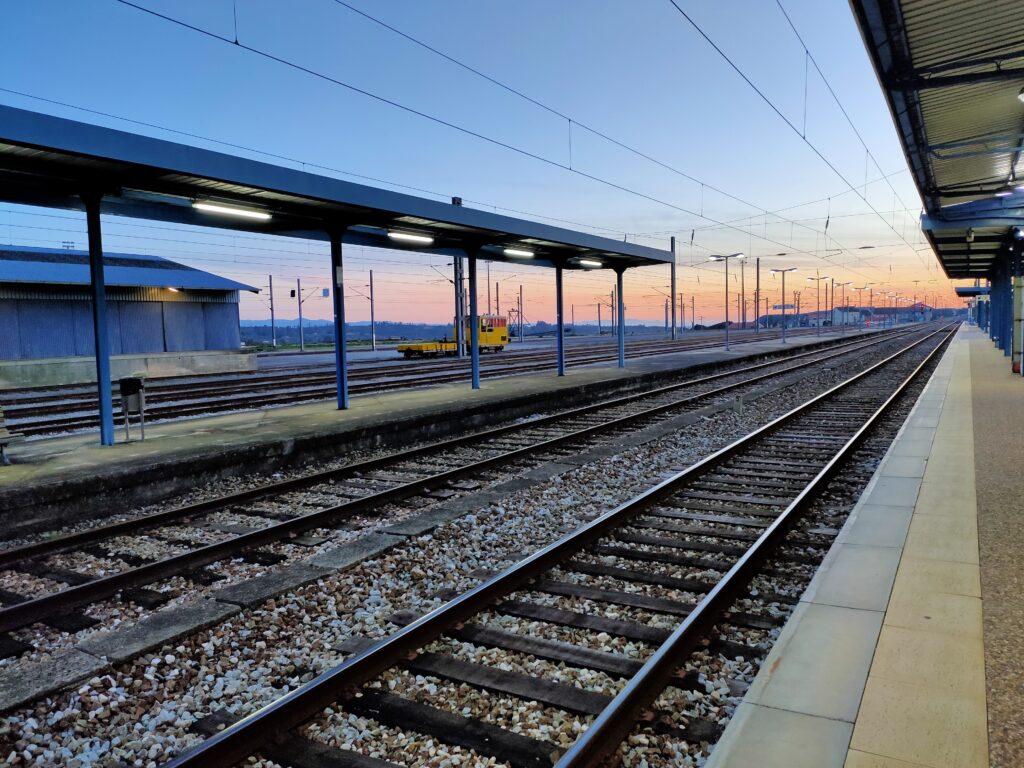 Linha de Comboio | Ferrovia em Mangualde