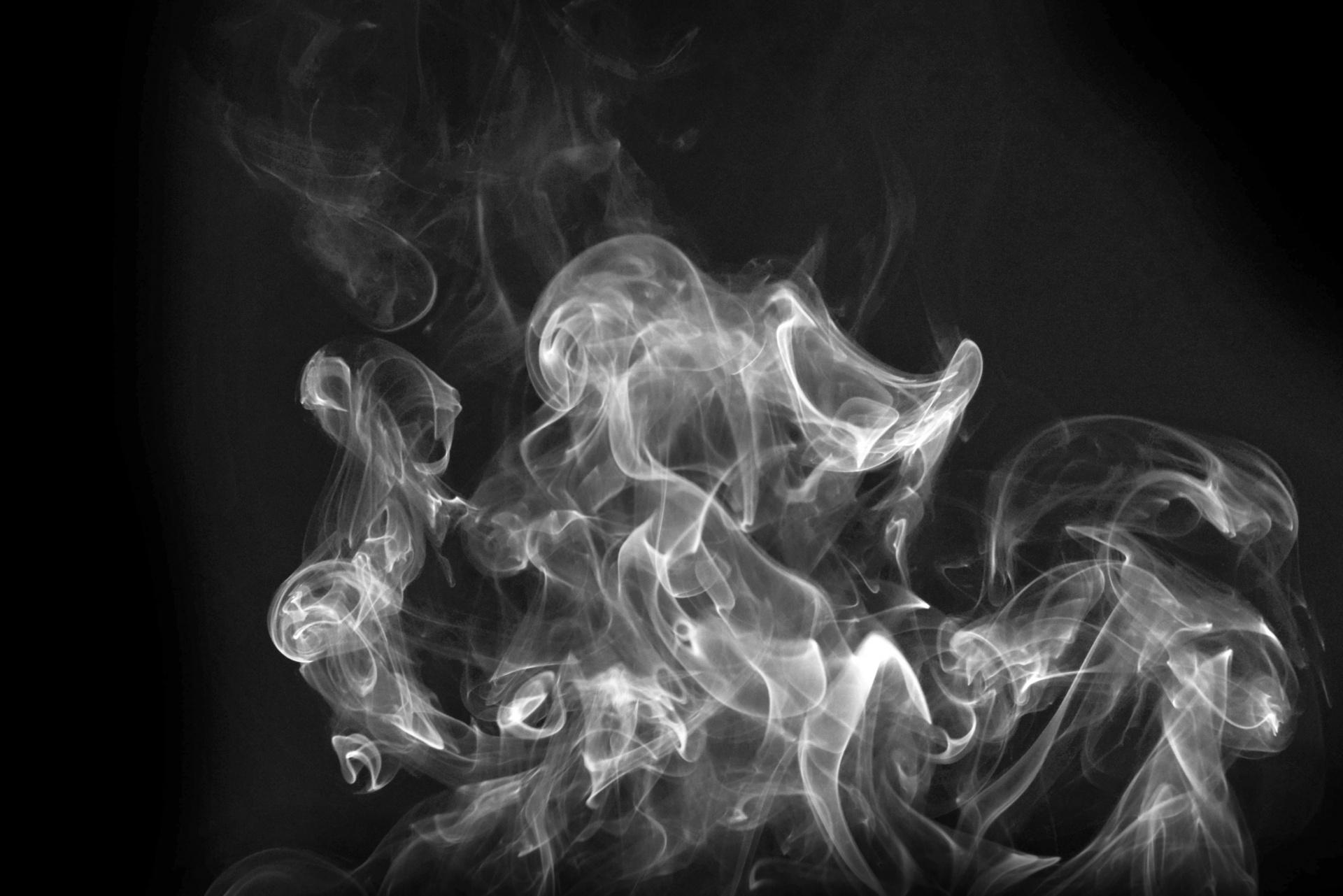 Procura-se um cigarro de amor profundo