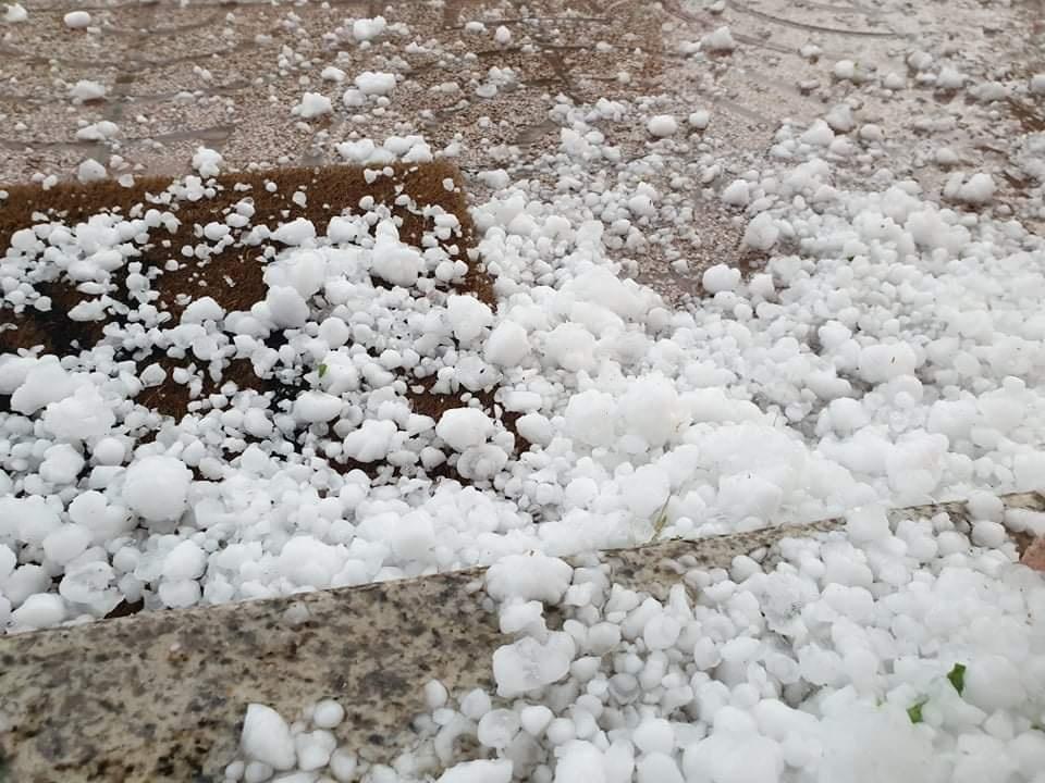 Granizo em Tondela. Foto por Raul Sousa Carvalho. Meteo Trás os Montes - Portugal. Facebook
