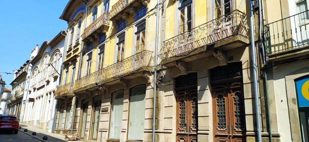 Habitação na Rua do Comércio (Viseu)